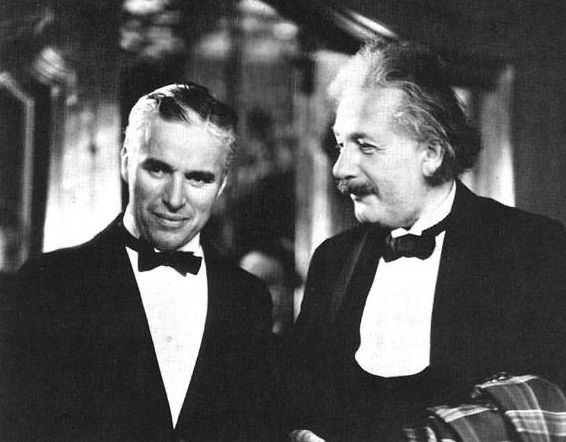 Charlie Chaplin and Albert Einstein (SOURCE: world-actuality.com)